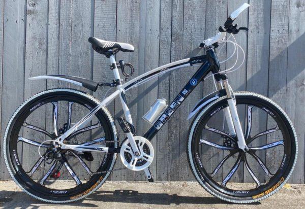 Велосипед на литых дисках Green Bike Premium чёрный