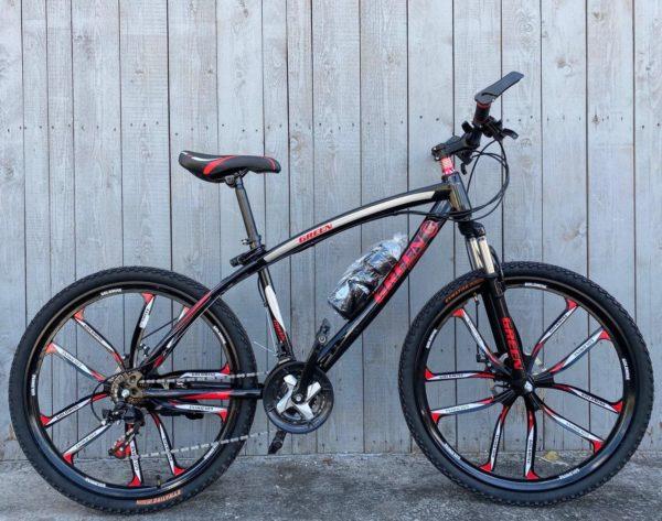 Велосипед на литых дисках Green Bike красный