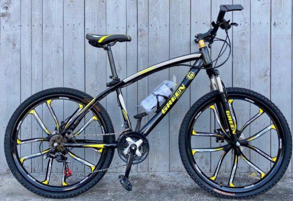 Велосипед на литых дисках Green Bike жёлтый
