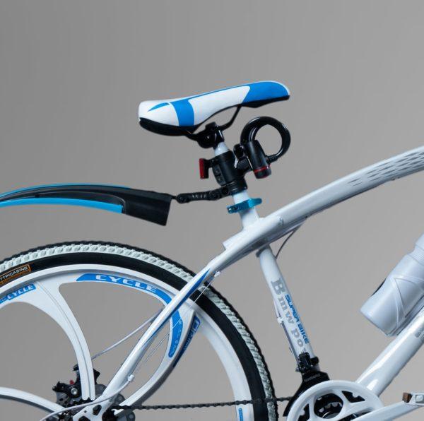 Велосипед на литых дисках БМВ Белый