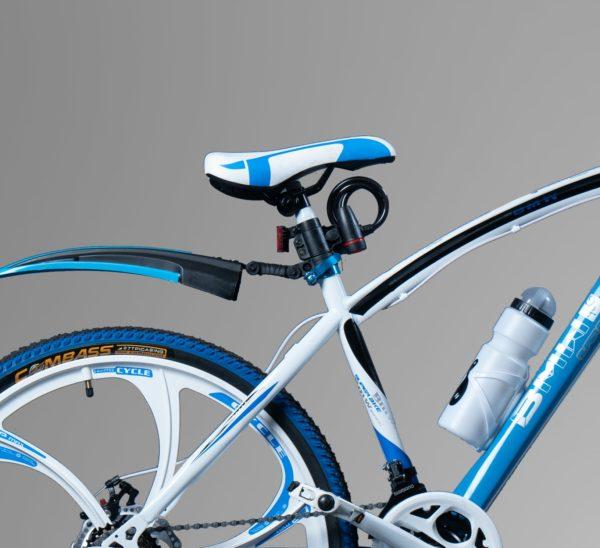Велосипед на литых дисках BMW бело-голубой