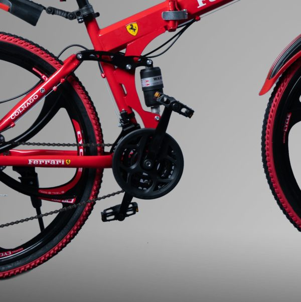 цена Ferrari Красный